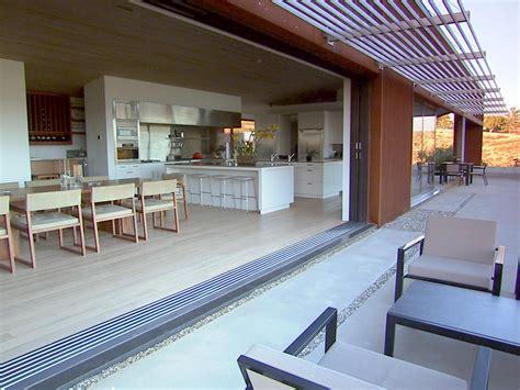 hgtv s top 10 eat in kitchens hgtv hgtv s top 10 outdoor rooms hgtv
