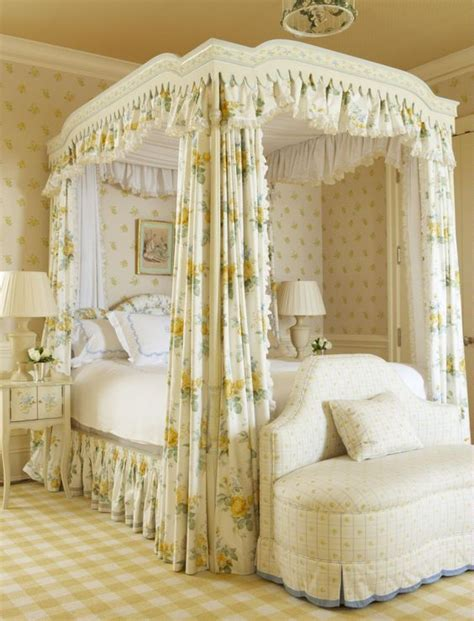 pale yellow bedroom yellow master bedroom yellow bedrooms and design on pinterest