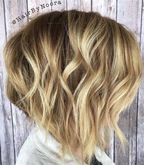 messy inverted bob hairstyle pictures the difference between an a line graduated bob inverted