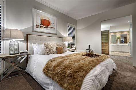 dise 241 o de casa moderna de dos pisos fachada e interiores