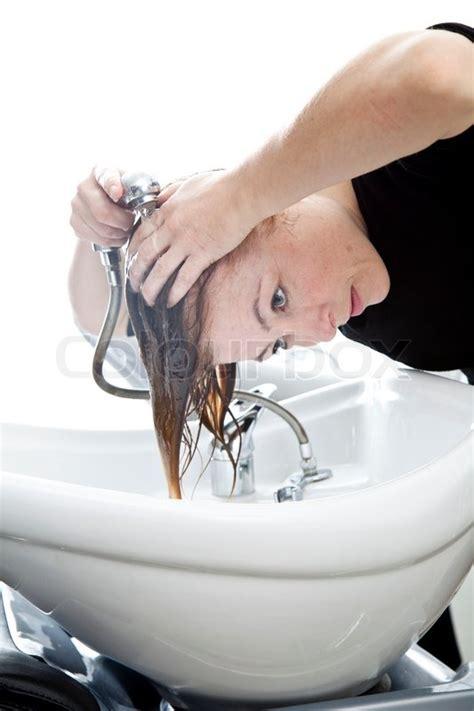washing hair in sink washing hair in sink imgkid com the image