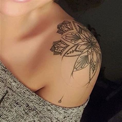 shoulder cap tattoos 25 best ideas about flower shoulder on