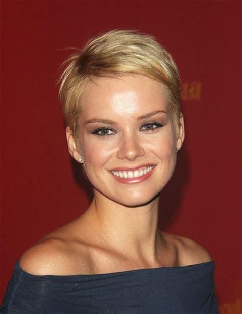 Female Actresses Severe Short Hair | female celebrity short haircuts celebrity short haircuts
