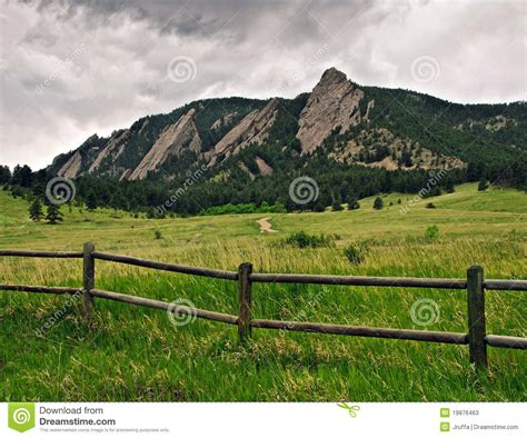 Of Colorado Boulder Part Time Mba by Flatiron Mountain Range In Boulder Colorado Stock Photos