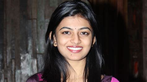 actress anandhi pictures anandhi actress pictures