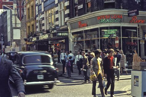 swinging london 1960s file carnaby street london in 1968 jpg wikimedia commons