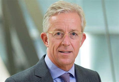 willkommen bei der deutschen bank karl rohr wird arbeitsdirektor der deutschen bank