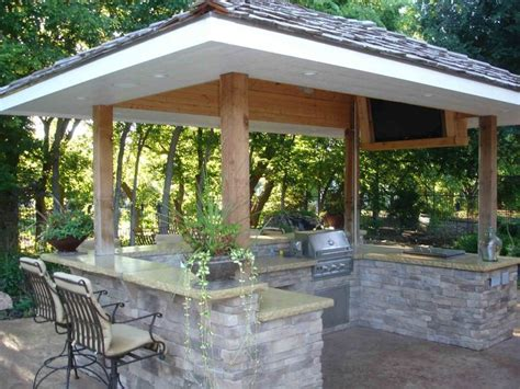 25 best ideas about covered outdoor kitchens on pinterest 34 best outdoor covered kitchens images on pinterest
