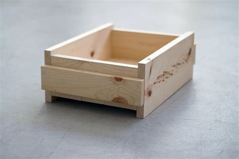 diy project simple side table design sponge