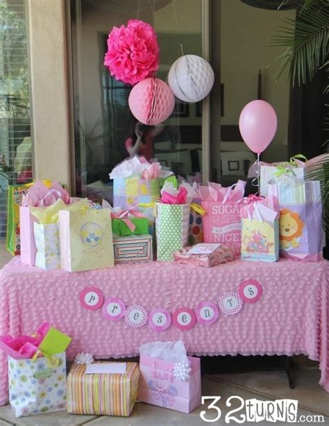 table gifts ideas baby shower part one 32 turns32 turns