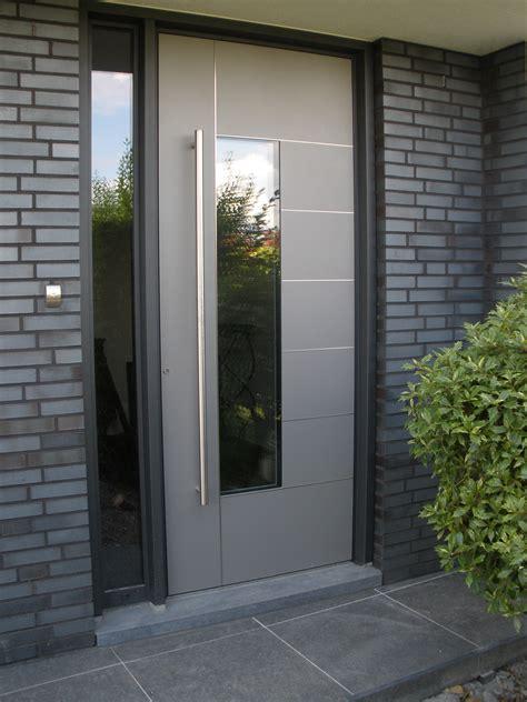front door modern voordeur kura adeco caverro aluminium vleugeloverdekkend