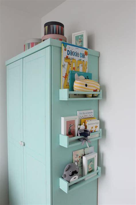 ikea nursery wardrobe door ons gemaakt diy nursery closet mint green chalk
