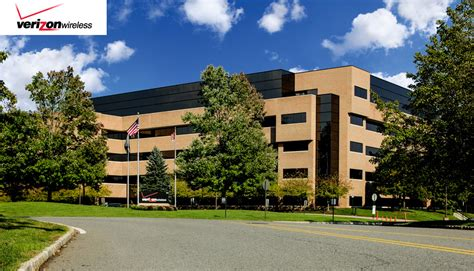 Verizon Wireless Corporate Office by Property Portfolio Griffin Capital