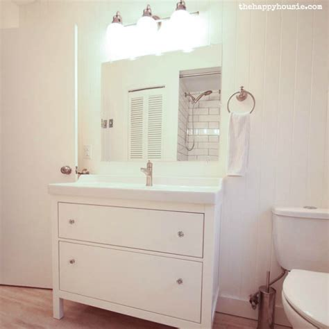 Thrifty Bathroom Makeover {with an Ikea Hemnes Vanity}   The Happy Housie