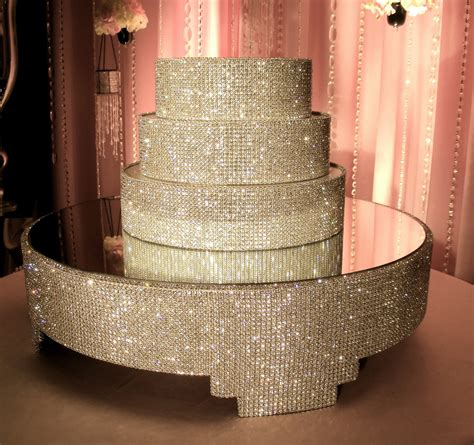 wedding cake stands with crystals idea in 2017 bella