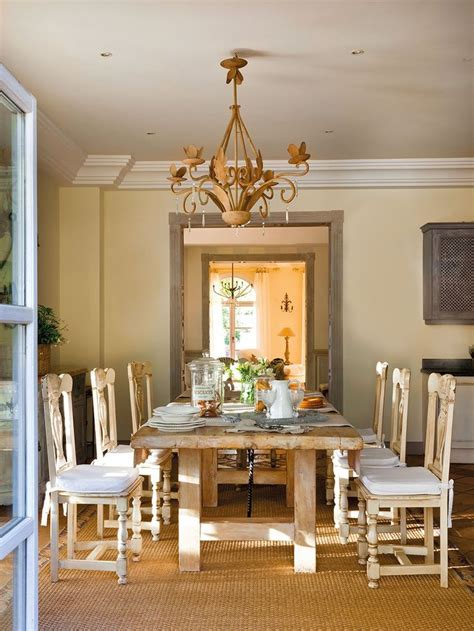 rustic dining room decor 47 calm and airy rustic dining room designs digsdigs