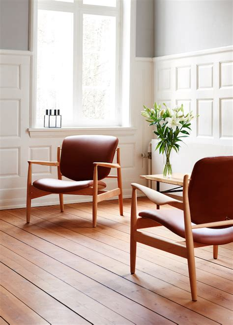 danish chair design relaunch of an 1950 s danish design chair by finn juhl