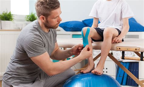 physical therapy aide career