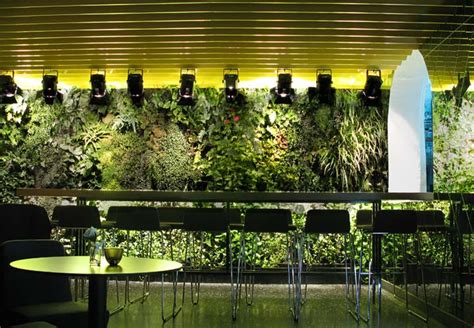 vertical indoor garden 10 cool indoor vertical garden design exles digsdigs