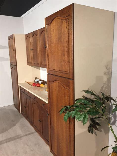 mobili tinello soggiorno mobile tinello soggiorno in legno di rovere scontato