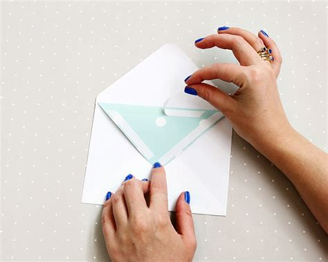 how to seal envelopes without everafterguide