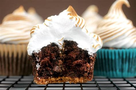 bake gourmet cupcakes 6 recipes from famous bakeries part 6