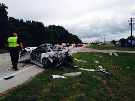 car crash ocala fl ocala post mangled cars and one dead after fatal crash