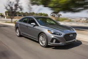 Hyundai 5 Year 60000 Mile Warranty 7 Cool Changes On The 2018 Hyundai Sonata Motor Trend Canada