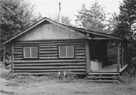 hell gate gorge cabin