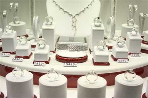 Top Jewelry Stores by Diamonds Net U S Jewelry Prices Bounce Back In April