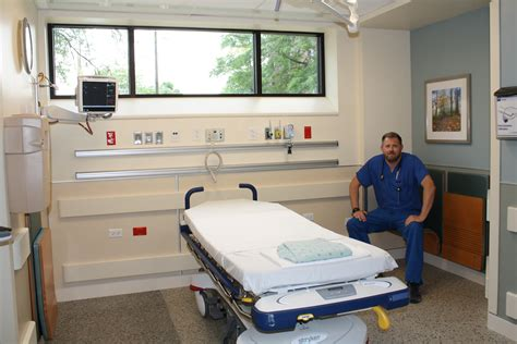 covenant hospital emergency room emergency department renovation swedish covenant hospital chicago