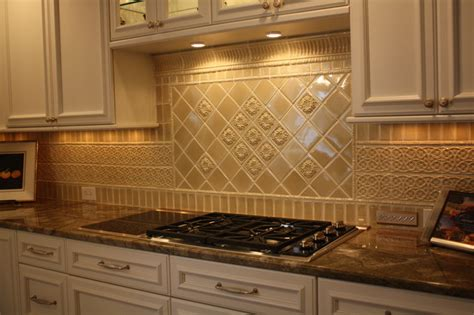 Kitchen Tile Backsplash Glazed Porcelain Tile Backsplash Traditional Kitchen