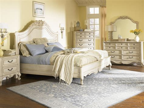 vintage style bedroom how to decorate your bedroom with a vintage style becoration