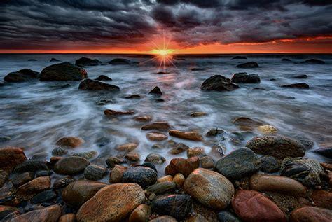 tips    sunset