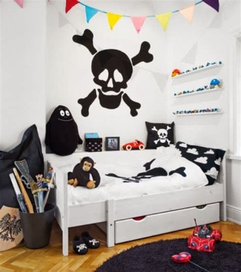 best 25 pirate bedroom ideas on pinterest pirate 25 cool pirate themed kids room design ideas kidsomania