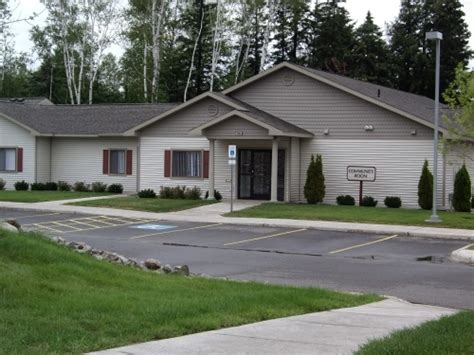 one bedroom apartments marquette mi preserve at orianna ridge rentals marquette mi