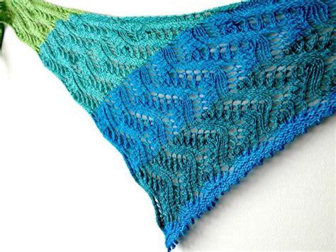 top 15 free shawl knitting patterns