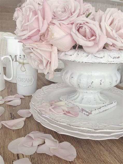 Pink Roses And White China A Profusion Of Pink Shabby Chic China