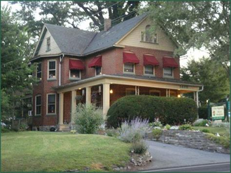 lancaster pa bed and breakfast bed and breakfast lancaster pa nook bedroom americana inn