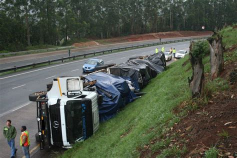 Wrecks Today Truck Accidents On The N3 Road Safety