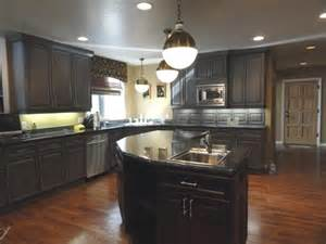 kitchen colors with brown cabinets kitchen kitchen colors with dark brown cabinets cabin