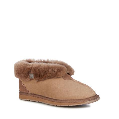 emu house shoes platinum albany womens sheepskin slipper emu australia