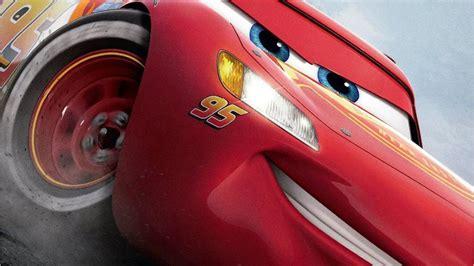 Film Cars 3 Di Rilis   cars 3 movie review lightning mcqueen strikes the final