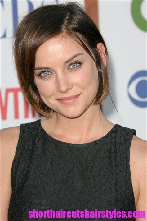 hair length for weak jaw chin length hairstyles most popular bob is the one