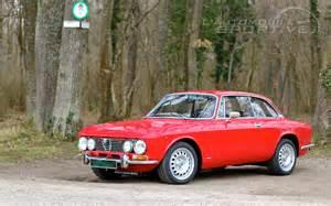 Alfa Romeo Gt Bertone Alfa Romeo Giulia Gt 2000 Veloce Bertone 1971 1976 Retro