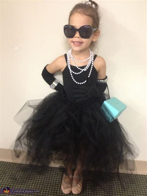 breakfast  tiffanys audrey hepburn halloween costume