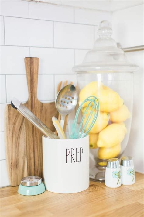 25 best ideas about lemon kitchen decor on