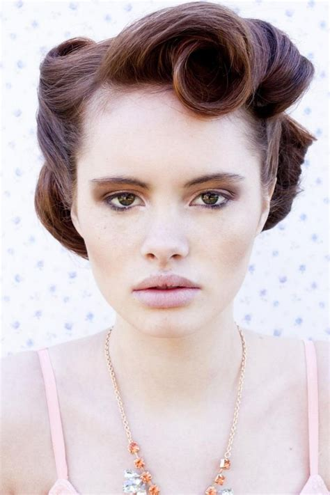 poofy old fashioned hairstyles coiffure pin up 30 id 233 es et tutos de style rockabilly