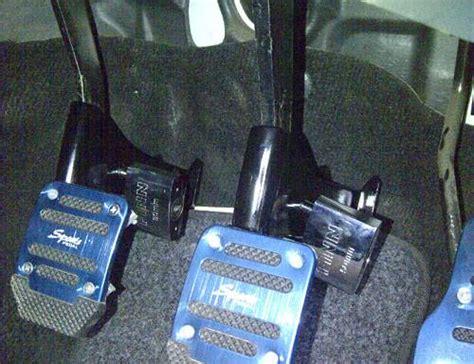 Pedal Gas Manual Mobil March dinomarket pasardino kunci pedal kopling rem cocok