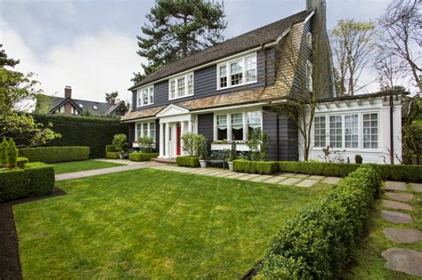 modern colonial colonial style home with modern finishes for sale in seattle